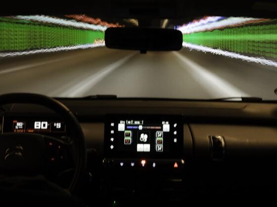 Ab wieviel km/h gings nochmal mit dem  DeLorean zurück in die Zukunft ? :D